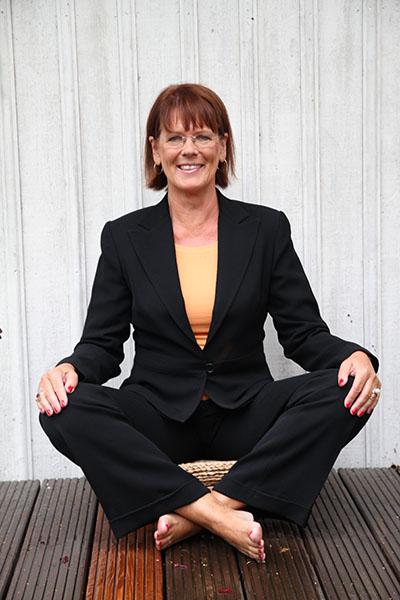 Om Anita Carlsson Minddfulnessinstruktör Författare Advokat